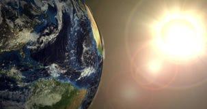 Płodozmienna ziemia i Jaskrawy słońce ilustracji