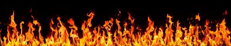płomienie ognia