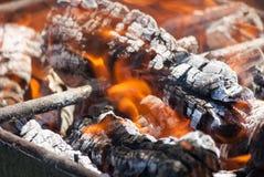 Płomienie ogniska zakończenie up Obrazy Stock