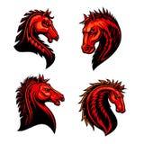 Płomienna konia, mustanga, bronco lub konia wyścigowego maskotka, royalty ilustracja