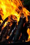 Płonąca łupka w grabie Obrazy Stock
