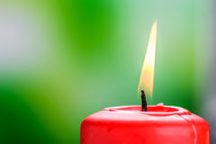 płonąca świece czerwony Obraz Royalty Free