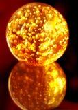 płonąca krystaliczna magiczna sfera Zdjęcia Royalty Free