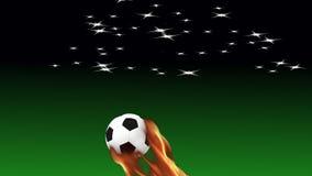 Płonąca piłki nożnej piłka wolno lata na tle zdjęcie wideo