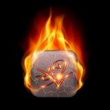 Płonący kamień z magicznym rune Zdjęcia Royalty Free