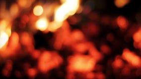 Płonący ogień w defocus, zapętlający tło zdjęcie wideo