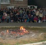 Płonący węgle przy Nestinar grami w wiosce Bulgarians, Bułgaria Obrazy Stock