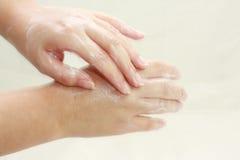 Płuczkowe ręki Zdjęcie Stock