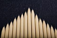 Płytki ostrość widok zakończenie wizerunek nowi pióro ołówki widzieć na ciemnego czerni tle Egzamin próbny Up Zdjęcie Royalty Free