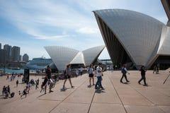 Pływać statkiem Za Sydney operą zdjęcie royalty free