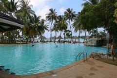 Pływacki basen na słońce wyspie Fotografia Stock