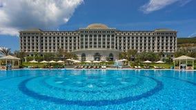 Pływacki basen pięć Vinpearl kurortu gwiazdowy widok przy Nha Trang, Wietnam Zdjęcie Royalty Free