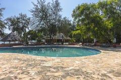 Pływackiego basenu hotel w kurorcie na Więźniarskiej wyspie Obraz Stock