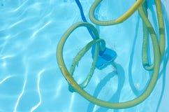Pływackiego basenu próżniowy cleaner Zdjęcie Royalty Free