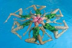 pływaczki synchronizować Zdjęcie Stock