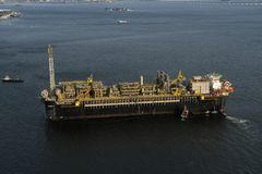P67石油平台 免版税库存照片
