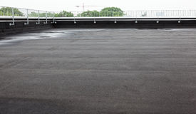 Płaski dach z dekarstwem Fotografia Stock