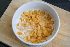 płatka kukurydzany mleko Zdjęcia Royalty Free