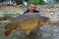 P?che de carpe Loquet des poissons photos libres de droits