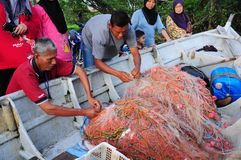 P?cheur du Malacca, Malaisie photos stock