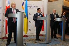 P Klimkin, b Johnson i W Waszczykowski konferencja prasowa w Kie Obrazy Royalty Free