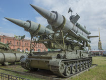 2P24-lanceerinrichting (raket 3M8) luchtafweerraket complexe 2K11 Stock Foto