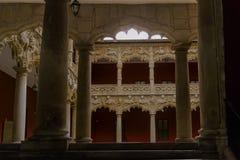 P?tio dos le?es Palácio do Infantado Guadalajara, Spain fotografia de stock