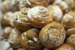 P?tisseries d?licieuses pour le caf? Festins pour le th? Produits de farine Tartes russes Tartes avec remplir photos libres de droits