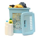 Płuczkowy kosz z detergentem Zdjęcia Royalty Free