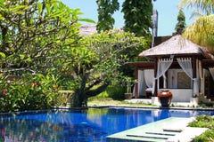 Pływacki basen w hotelu, Bali, Ubud Zdjęcie Stock