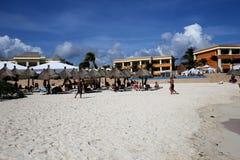 Pływacki basen w luksusowym kurorcie, Riviera majowie, Meksyk Zdjęcie Stock
