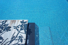 Pływackiego basenu cienia drewno Zdjęcie Royalty Free