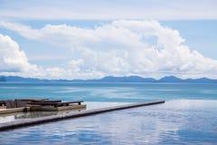 Pływackiego basenu morza widok Obraz Royalty Free