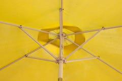 Pływackiego basenu parasol Obraz Royalty Free