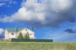 País-casa moderna agradável Imagem de Stock