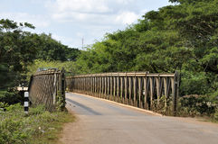 País del camino de la manera del puente del hierro Foto de archivo libre de regalías