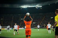 Países Baixos contra Dinamarca na ação durante o futebol m Imagens de Stock Royalty Free