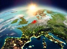 Países Baixos do espaço no nascer do sol ilustração do vetor