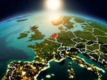 Países Baixos no nascer do sol da órbita ilustração royalty free