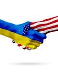 Países das bandeiras Ucrânia e do Estados Unidos, aperto de mão overprinted Imagem de Stock Royalty Free