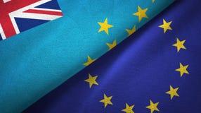 Paño de la materia textil de las banderas de Tuvalu y de la unión europea dos, textura de la tela ilustración del vector