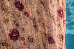 Paño floral rosado Fotos de archivo libres de regalías