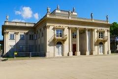 Pałac na wyspie w Warsaw's Królewskich skąpaniach parki, Polska Zdjęcia Royalty Free