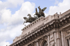 Pałac sprawiedliwość lub Włoski sądu najwyższy budynek w Rzym Włochy Fotografia Stock