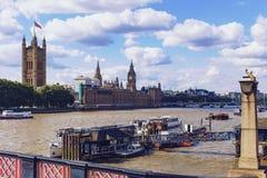 Pałac Westminister ` s piękna architektura i Big Ben ja Zdjęcia Stock