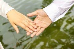 Państwo Młodzi dzień ślubu w Hanoi zdjęcie stock