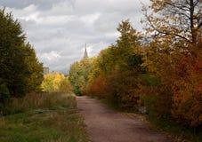 Październik 2017, Moskwa, Rosja Jesień krajobraz z widokiem Moskwa uniwersyteta od ulicznego Udaltsova Zdjęcie Royalty Free