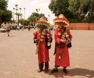 Październik 6, 2013 Tradycyjny sprzedawca wate - Marrakech Maroko - obraz royalty free