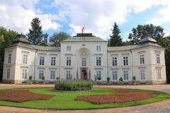 Pałac Myslewicki w Lazienki parku w Warszawa obrazy stock
