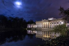 Pałac na wyspie Zdjęcia Stock